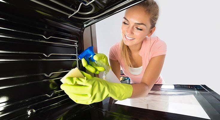 Как почистить духовку