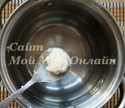 Порция картофельного пюре для вареника