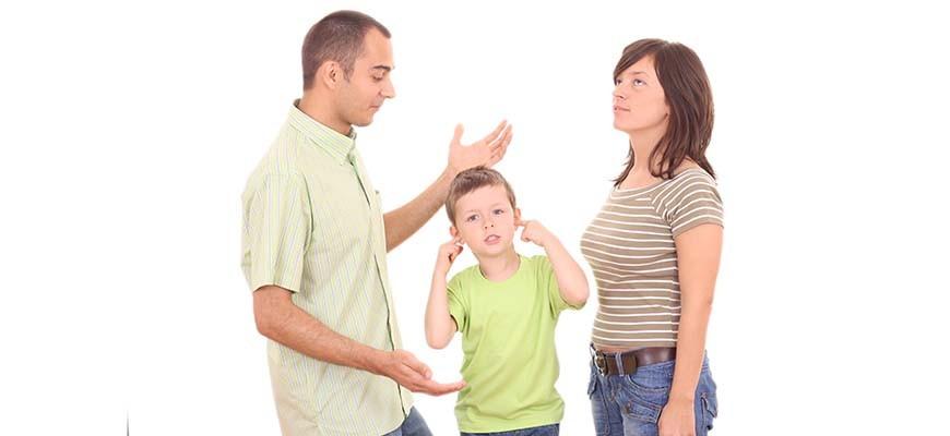 папа мама ребёнок ругаются