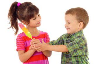 отучить ребёнка от жадности